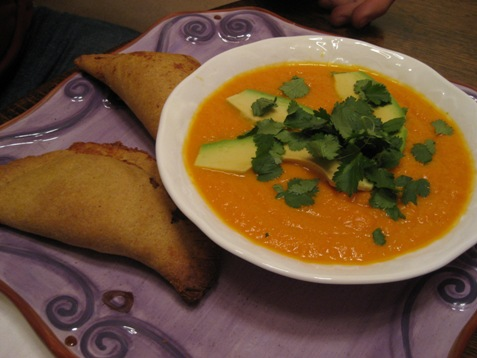 037 Carrot soup and empenada PD