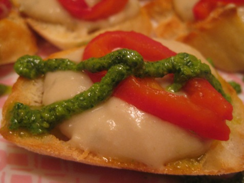 011crostini with roasted red pepper basil pesto and white bean