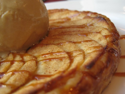 024apple tarte tatin at the Four Seasons Chicago