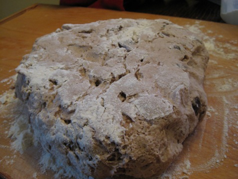 024walnut raisin bread